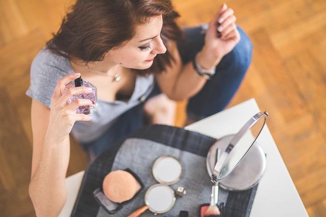 Comment réussir dans la vente de parfums et cosmétiques en dropshipping ?